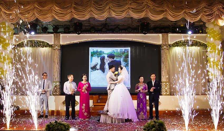chụp ảnh sự kiện cưới