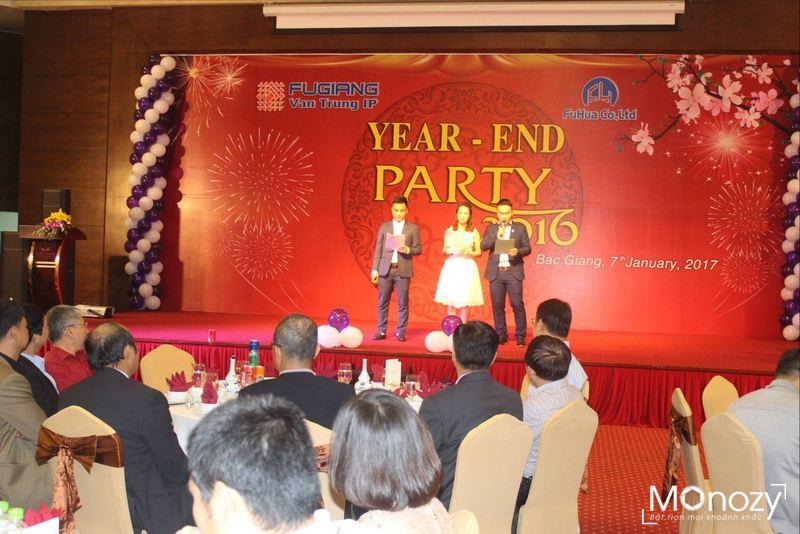 Chụp ảnh tiệc tất niên doanh nghiệp - điều không thể thiếu dịp cuối năm