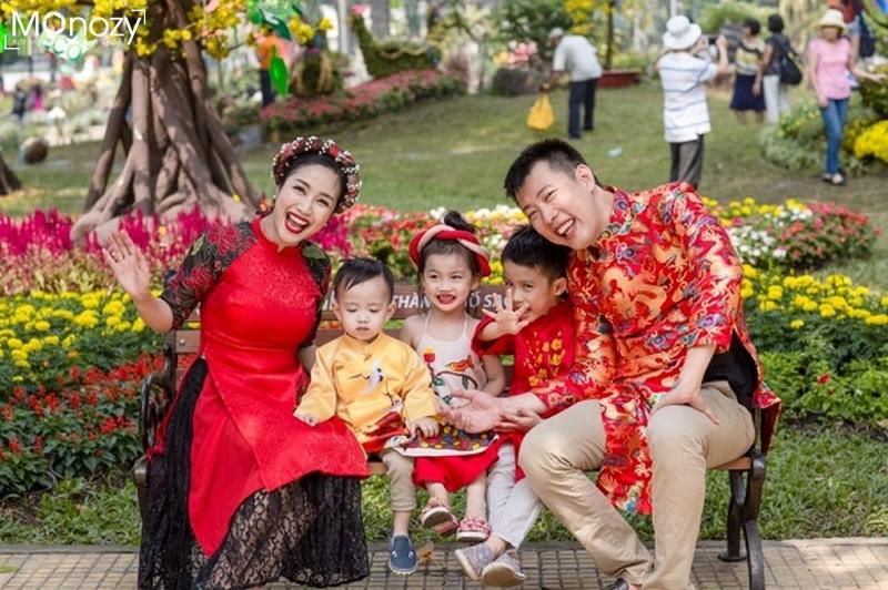 Bí quyết chụp hình tết đẹp cho gia đình theo nhómBí quyết chụp hình tết đẹp cho gia đình theo nhóm