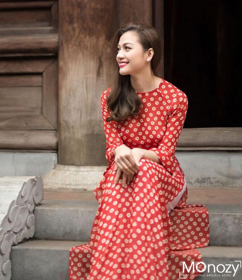Rộ style chụp ảnh áo dài cô ba Sài Gòn giữa lòng Hà Nội