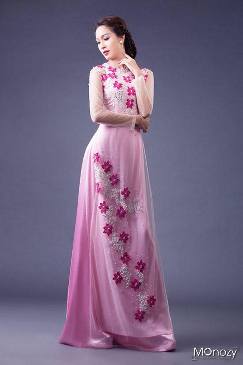 Cô dâu xinh xắn trong shoot chụp ảnh áo dài ăn hỏi