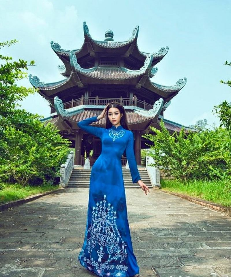 Ý tưởng chụp ảnh áo dài ở Tràng An Ninh Bình thu hút nhất