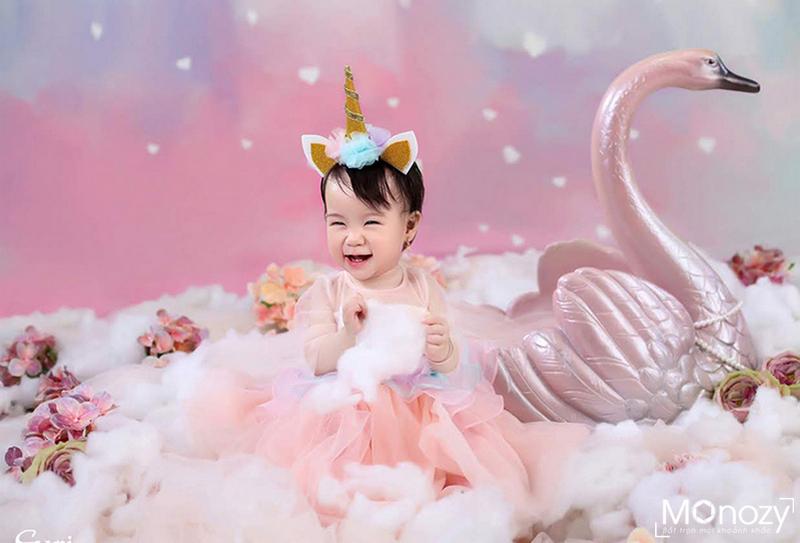 Một số lưu ý khi chụp ảnh kỷ niệm sinh nhật cho bé